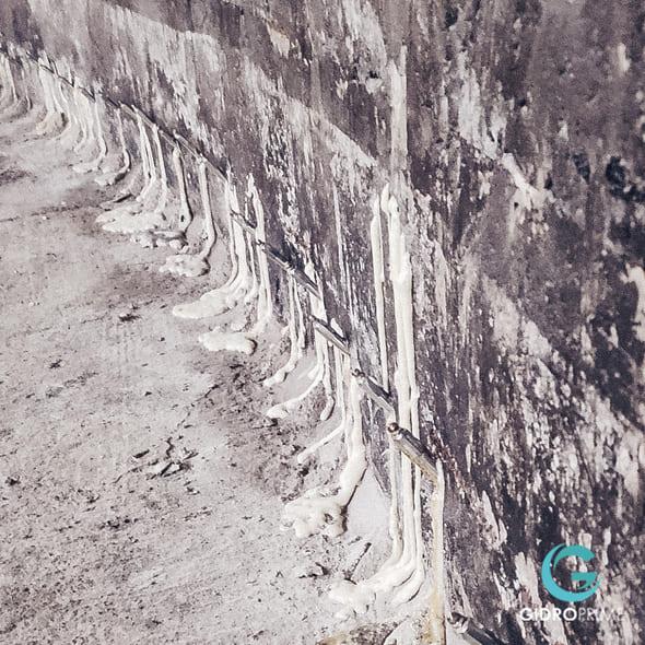 gidroizolyaciya sten i pola v podvale 11